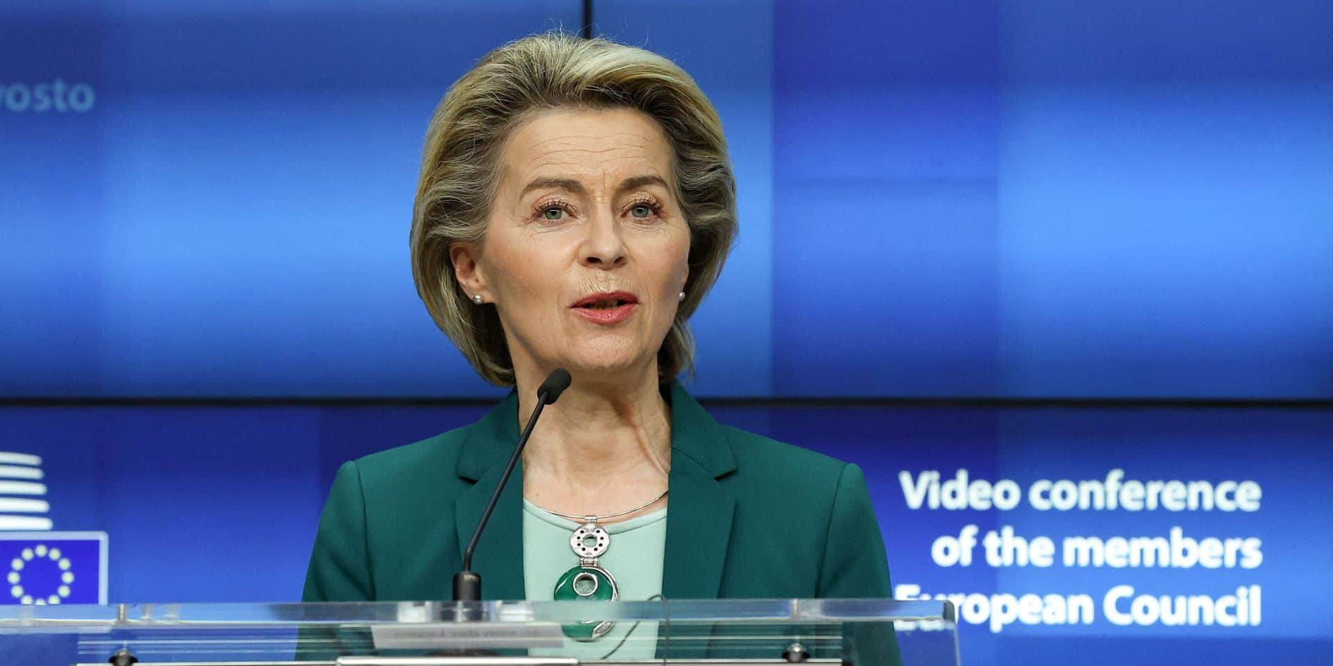 "AstraZeneca doit ""rattraper"" son retard avant d'exporter hors UE, exhorte Ursula von der Leyen"
