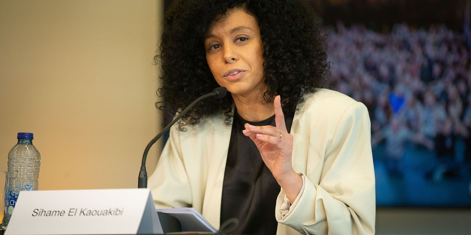 """""""Fraude organisée et contre-vérités hallucinantes"""" : le rapport accablant pour l'ASBL de la députée El Kaouakibi"""