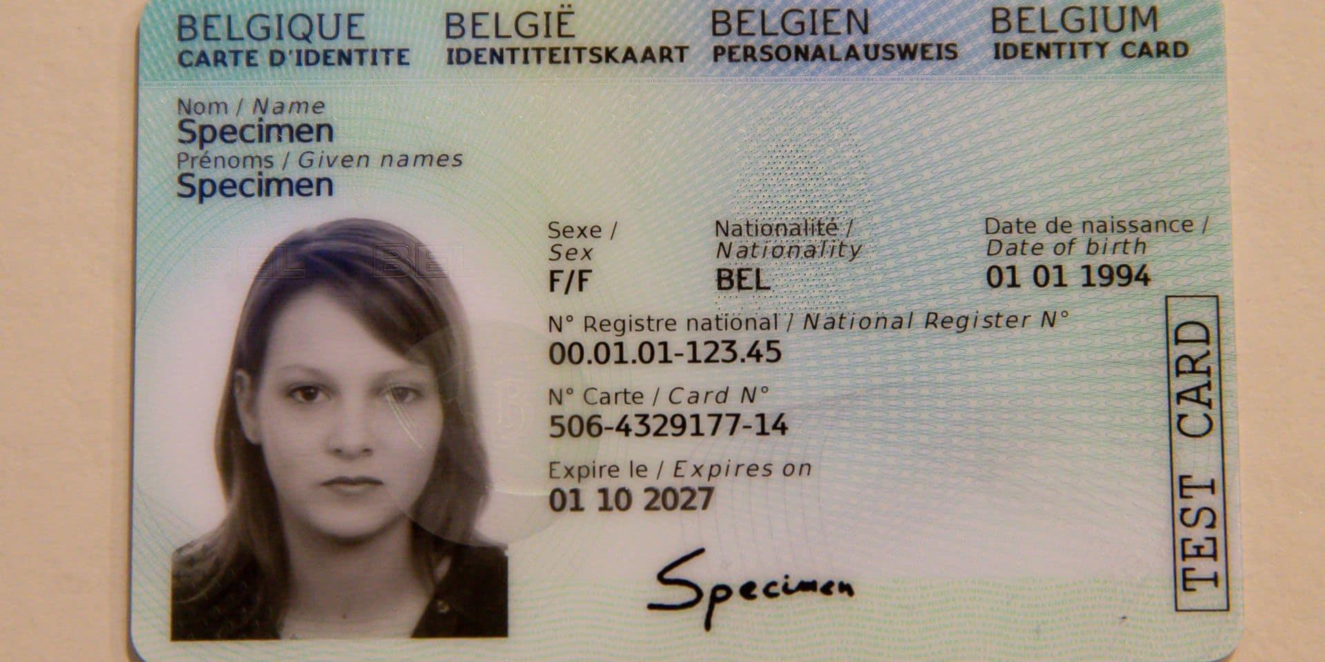 Les nouvelles cartes d'identité seront désormais livrées dans toute la Belgique