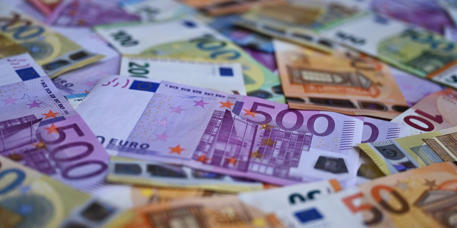 """""""La dette publique de la Belgique a bondi à 114,1 % du PIB, du jamais vu depuis plus de 20 ans"""": le rapport sans équivoque de l'Institut des comptes nationaux"""