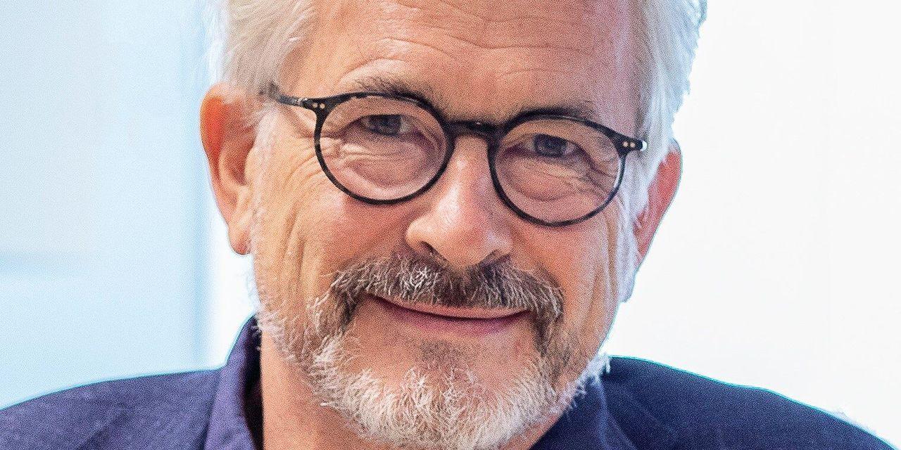 """Bernard Clerfayt: """"Le politique s'est mêlé du port du voile à la Stib, il doit assumer"""""""