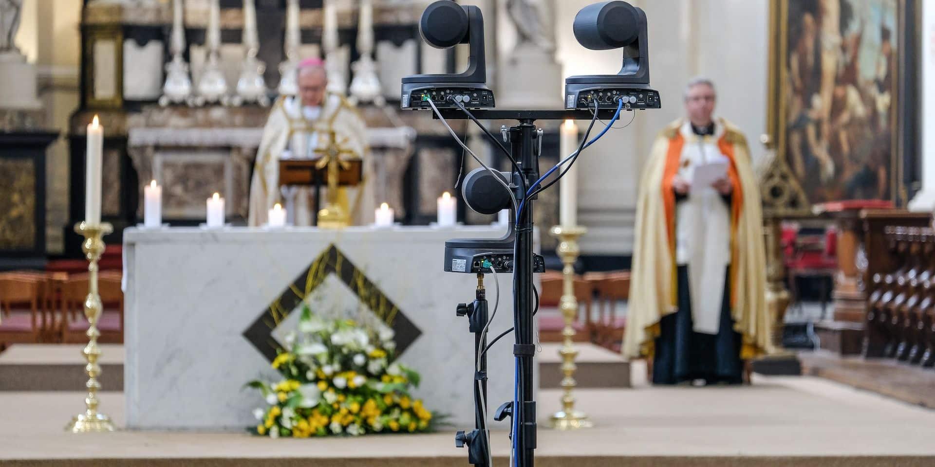 Des paroisses multiplieront les célébrations pascales et les filmeront pour toucher un maximum de fidèles.