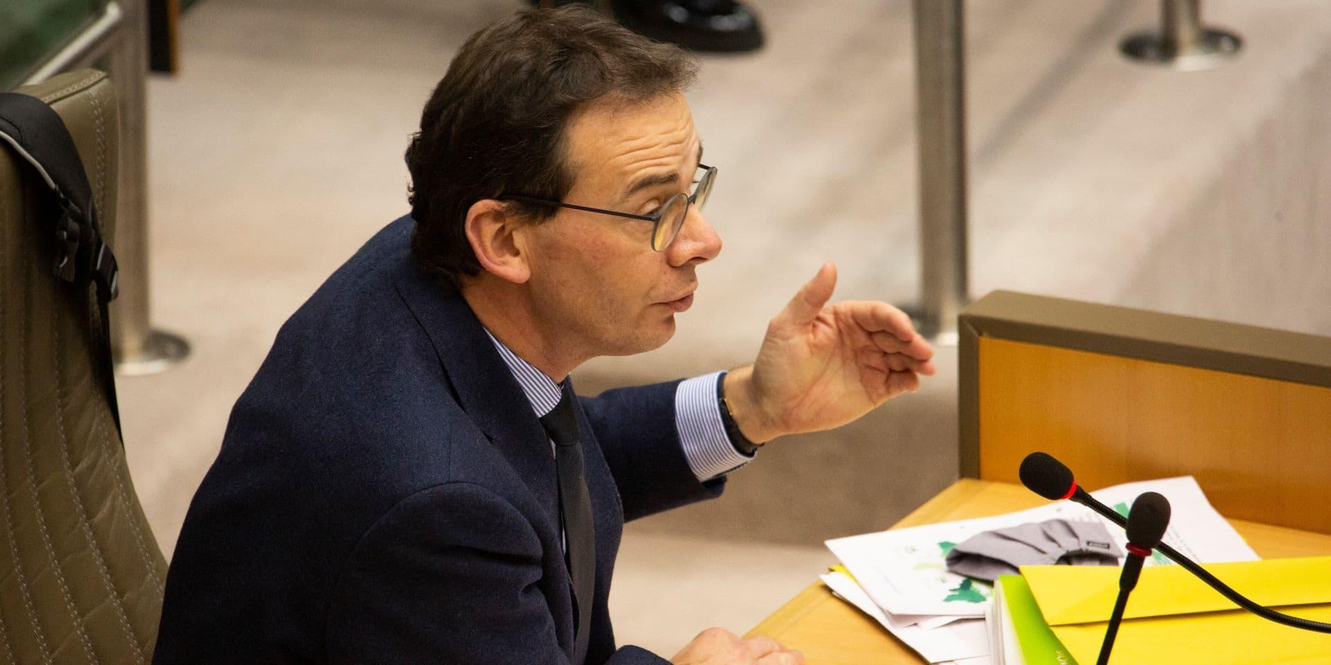 Coronavirus: le ministre flamand de la Santé favorable au durcissement de deux mesures