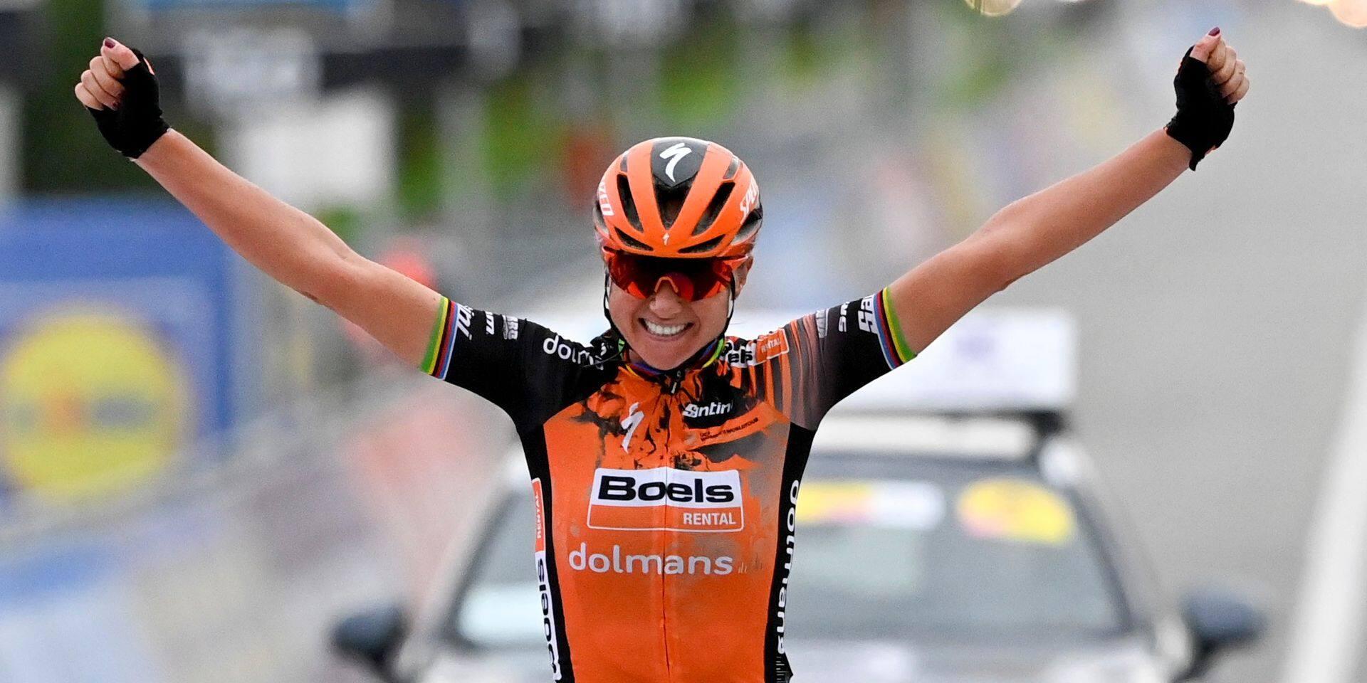 Tour des Flandres: Chantal van den Broek-Blaak s'impose en solitaire chez les dames, Lotte Kopecky 3e