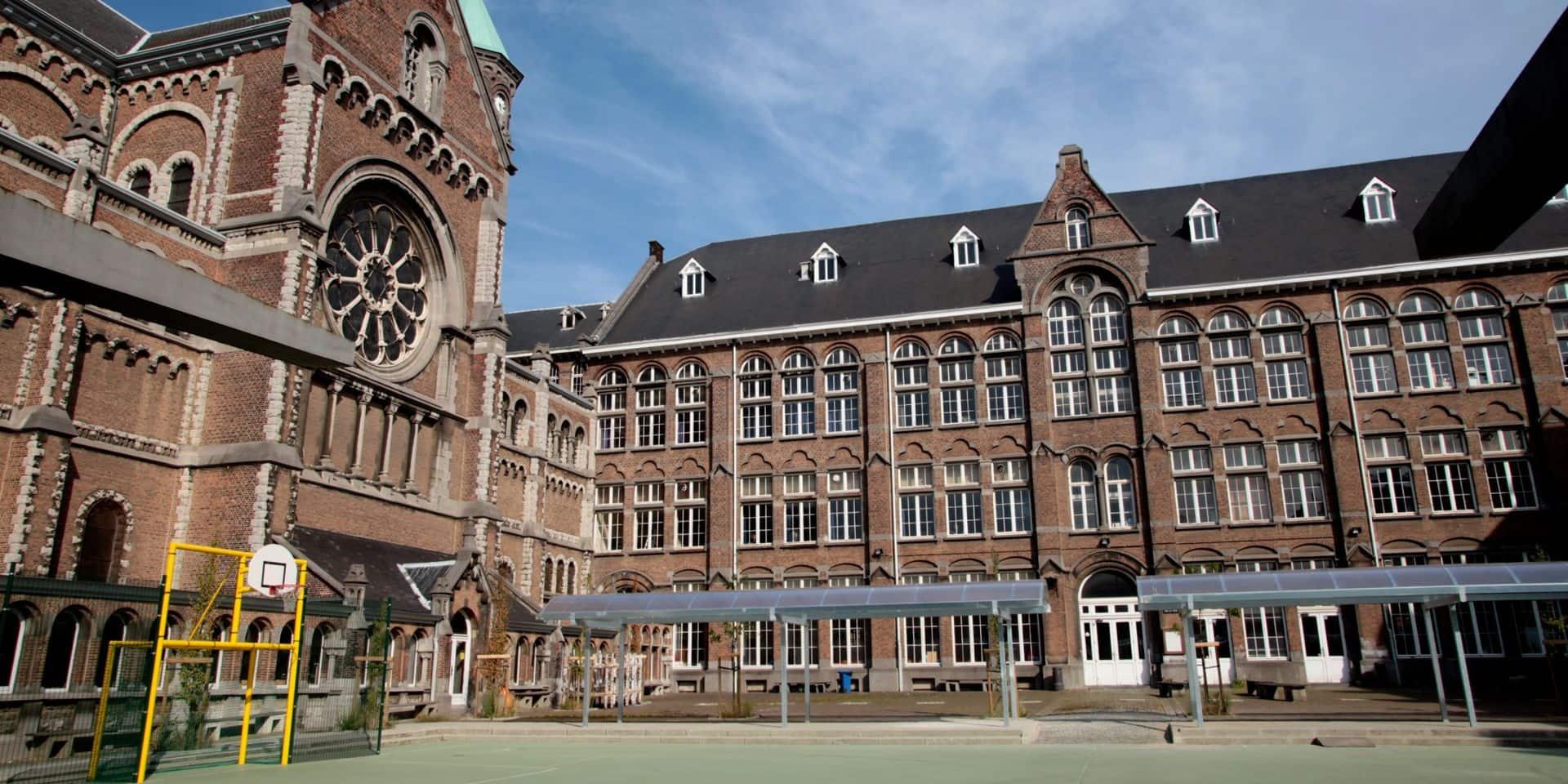 Covid-19 au collège Saint-Michel d'Etterbeek : les trois bourgmestres concernés appellent les familles à se faire tester