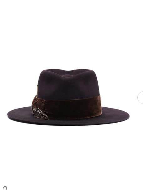 Nick Fouquet. Chapeau Bossa Nova.                     1356 euros.