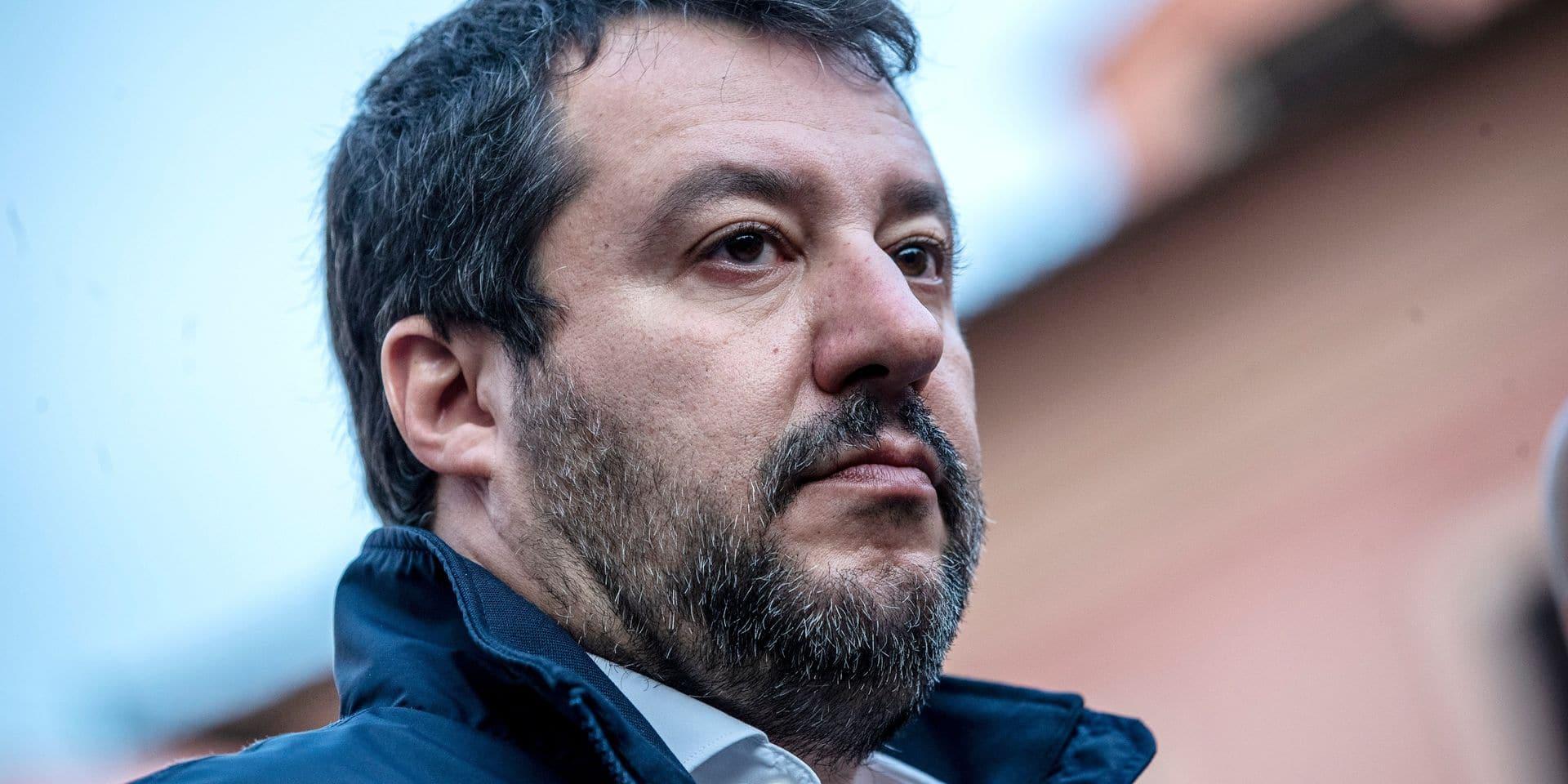 """Accusé de """"séquestration"""", Matteo Salvini présente sa politique migratoire comme un succès. Qu'en est-il?"""