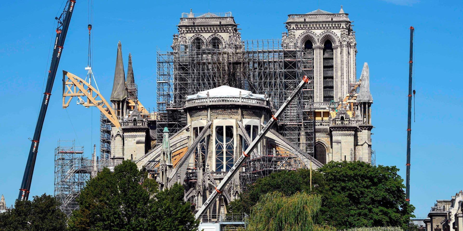 Scandale sanitaire autour de Notre-Dame: certains élus exigent des réponses claires