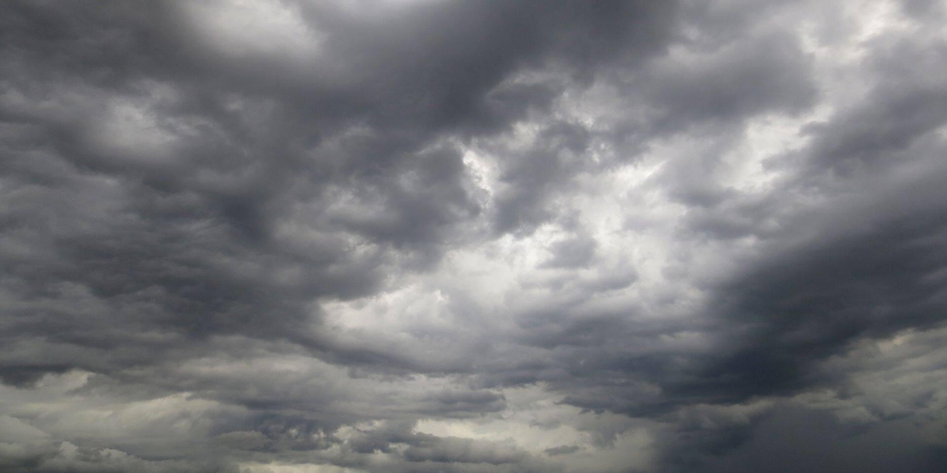 Météo: un samedi nuageux parsemé d'averses