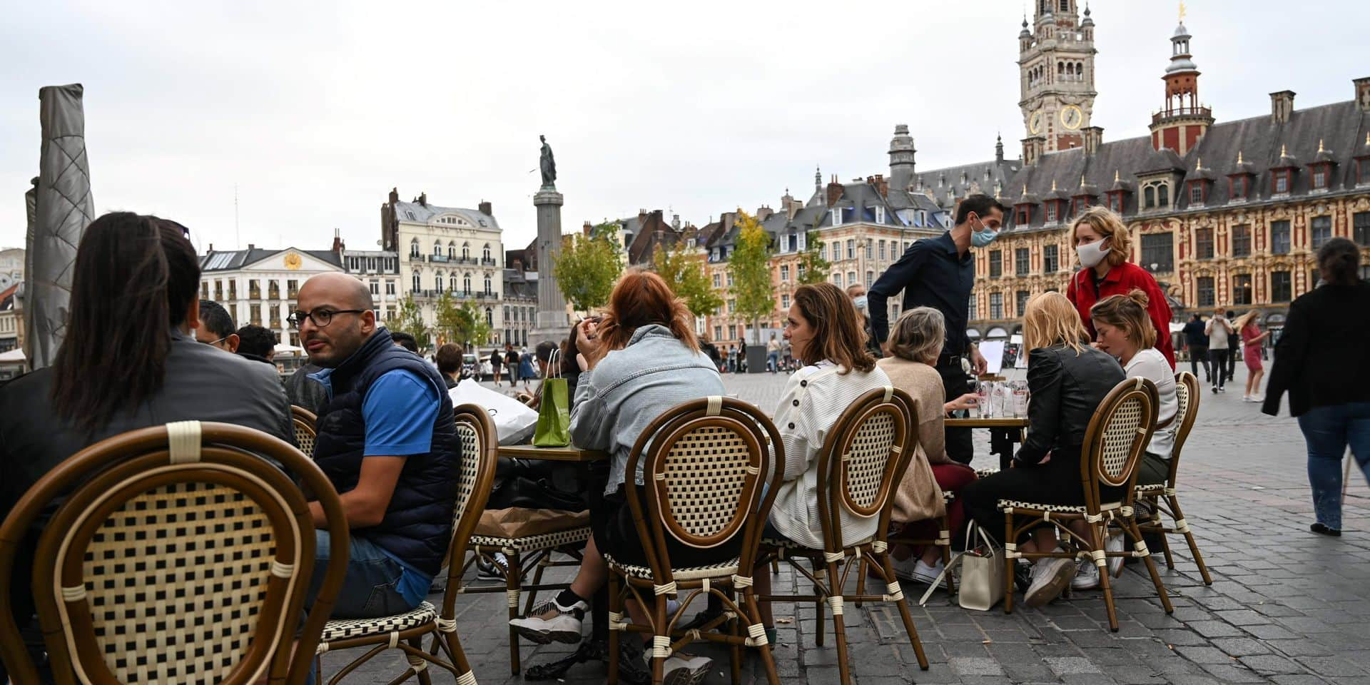 """Coronavirus: le Nord de la France renforce les mesures face à une accélération """"brutale"""""""