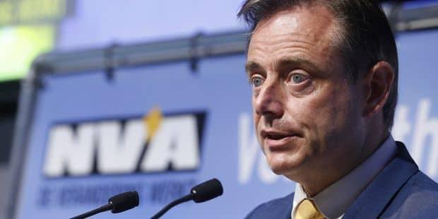 """De Wever: """"Même quand ils ont purgé leur peine, les terroristes et radicalisés ne devraient pas être libérés tant que la..."""