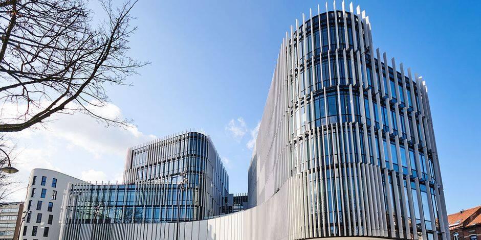 """Inauguration de l'impressionnant centre administratif d'Etterbeek : """"un village dans la ville au service des habitants"""""""