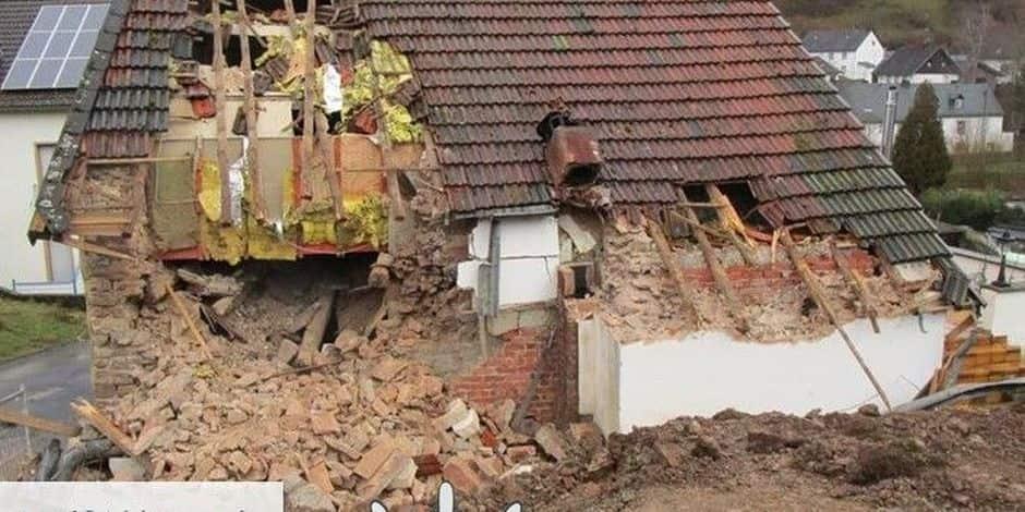 En conflit avec son locataire, il décide de démolir sa propre maison!