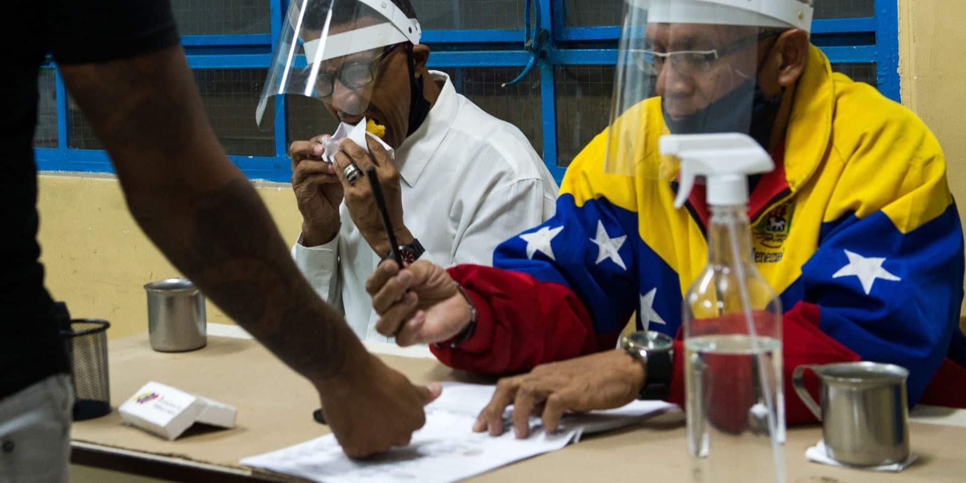 Au Venezuela, Maduro renforce son hégémonie en s'emparant du Parlement