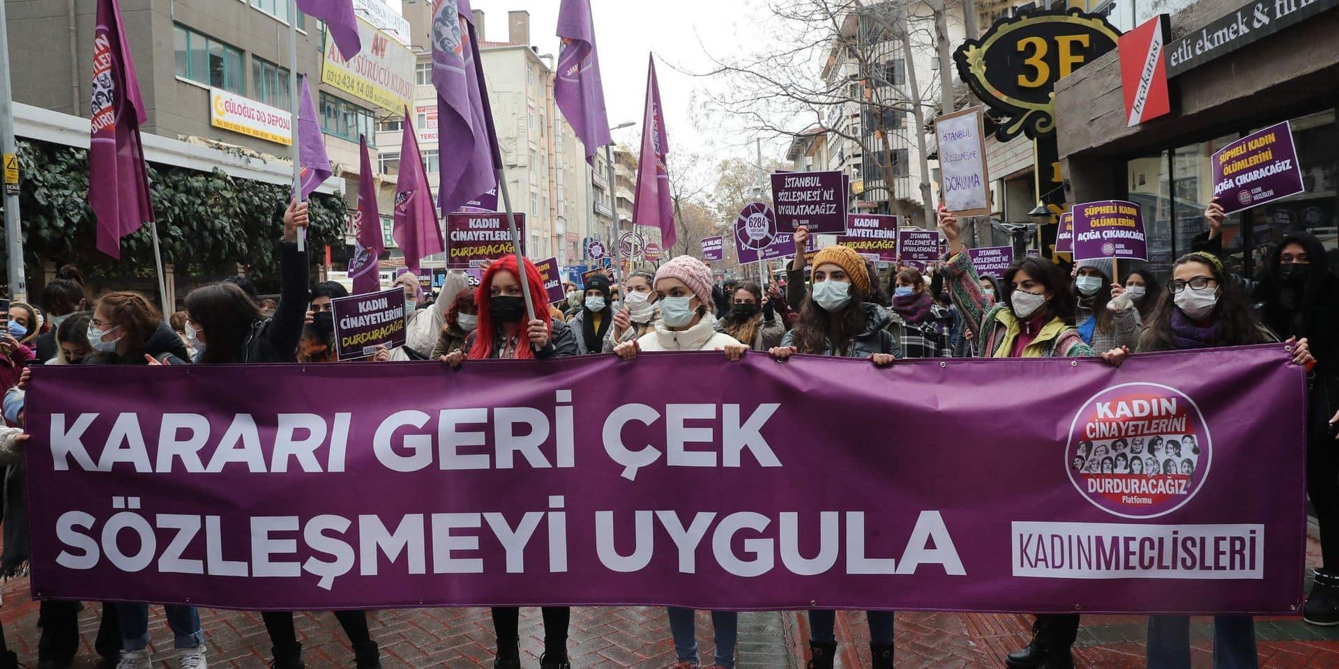 """En Turquie, la colère gronde après l'abandon d'un traité protégeant les femmes : """"Cela revient à piétiner la lutte menée depuis des années"""""""