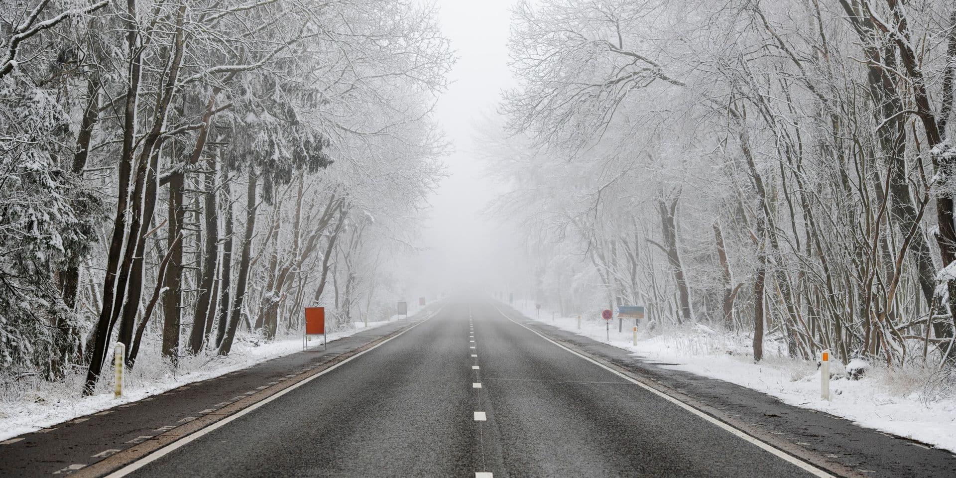 Appel à la vigilance sur le réseau secondaire en Wallonie en raison des chutes de neige