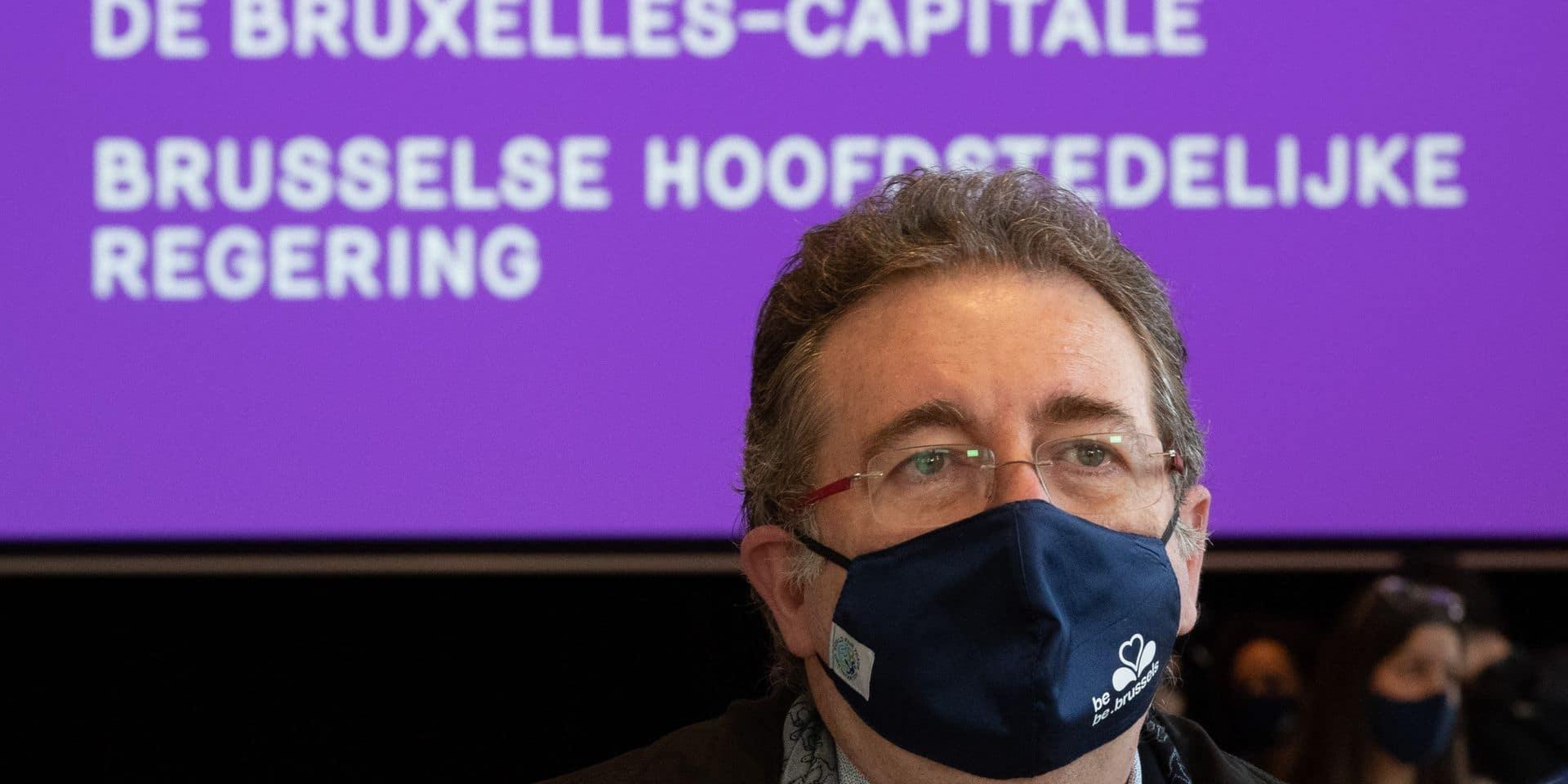 Bruxelles: la majorité soutient le projet de taxation kilométrique du gouvernement Vervoort