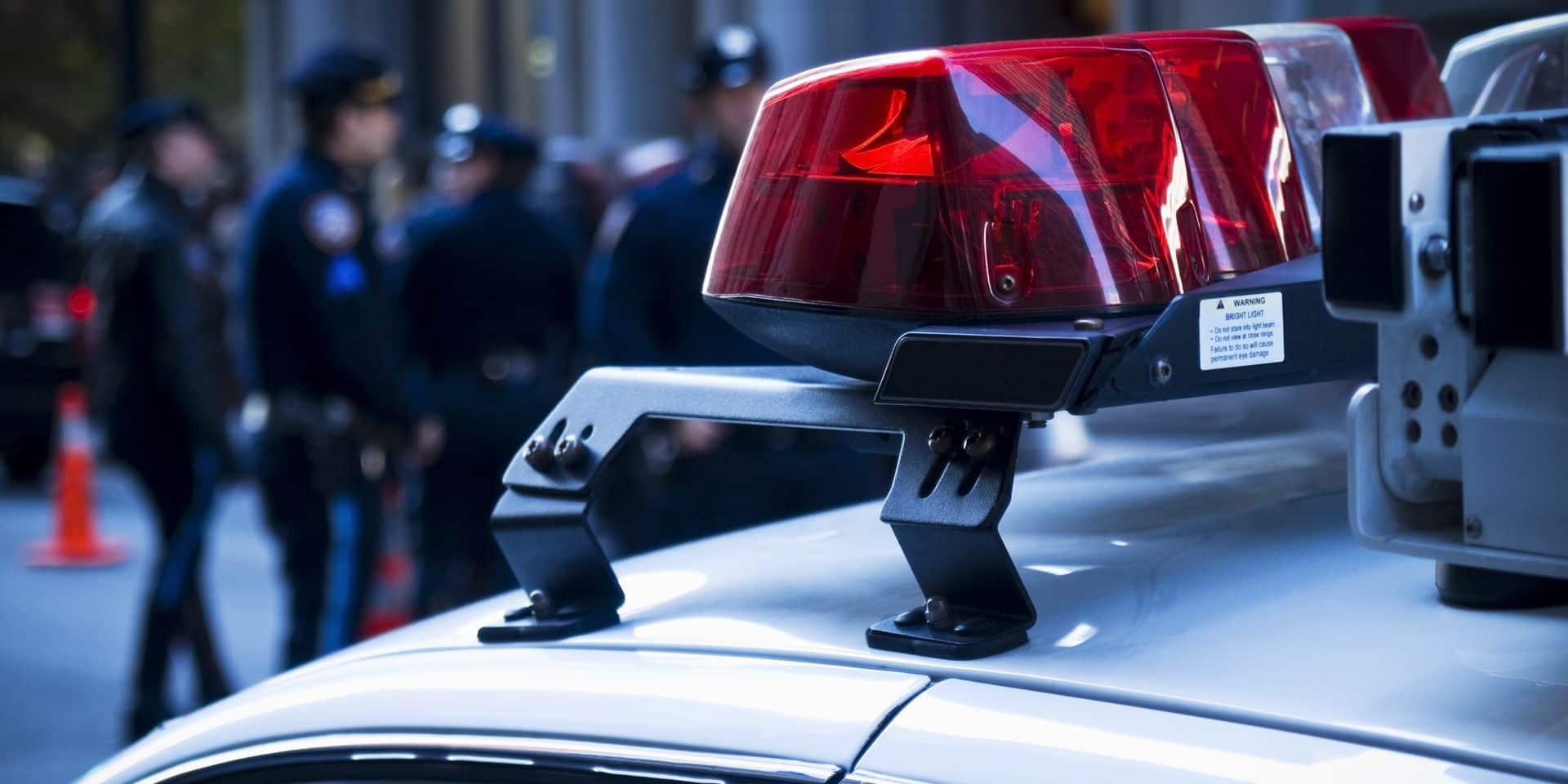 Dix morts dont un policier après une fusillade dans un supermarché du Colorado
