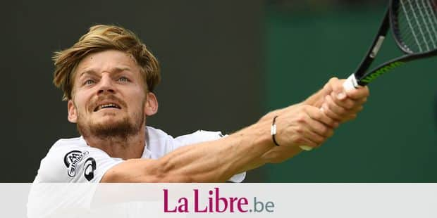 Belgium's David Goffin returns against Spain's Fernando Verdasco during their men's singles fourth round match on the seventh day of the 2019 Wimbledon Championships at The All England Lawn Tennis Club in Wimbledon, southwest London, on July 8, 2019. (Photo by Daniel LEAL-OLIVAS / AFP) / RESTRICTED TO EDITORIAL USE