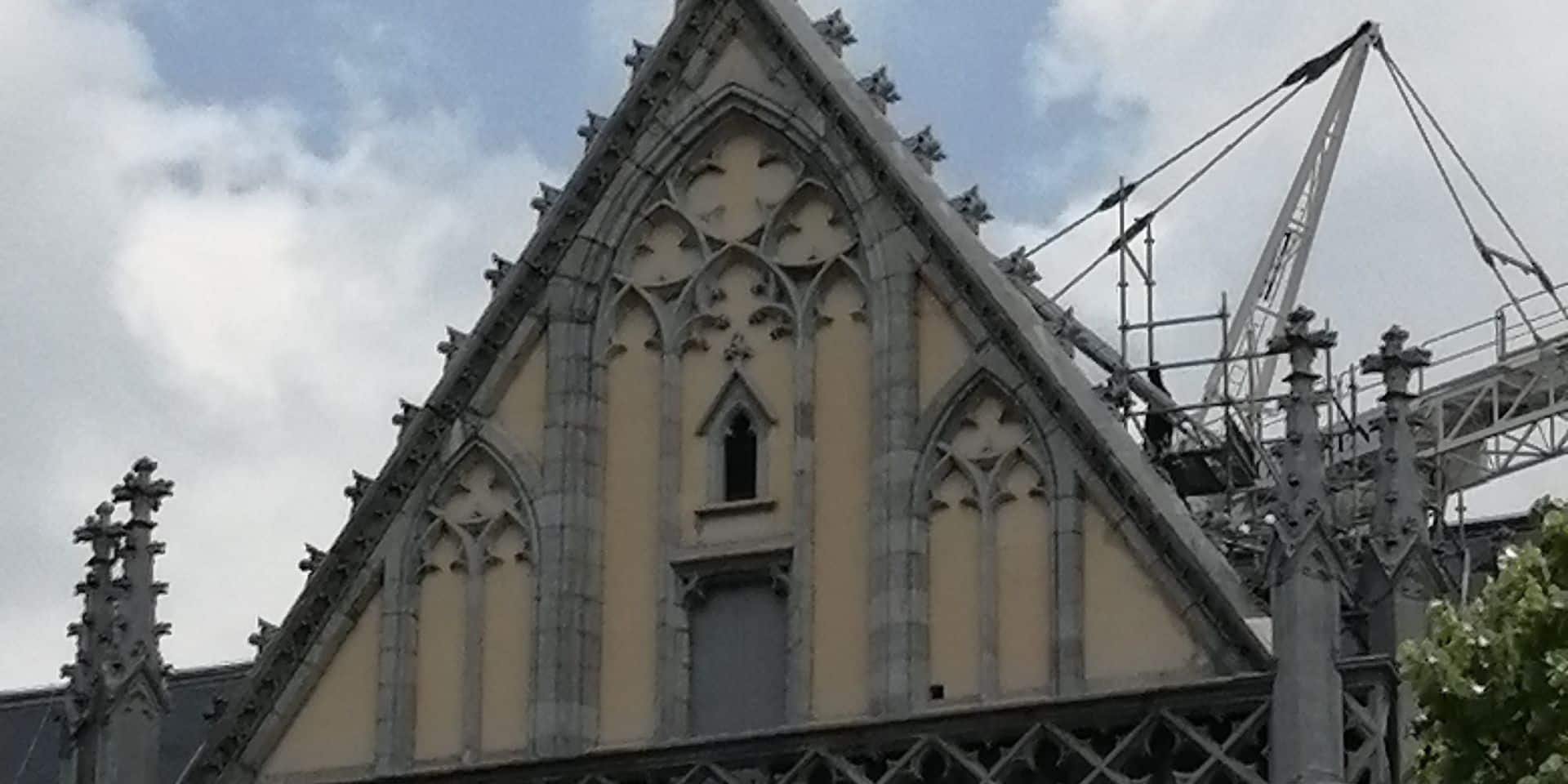 Saint Paul est de retour sur le sommet de la cathédrale