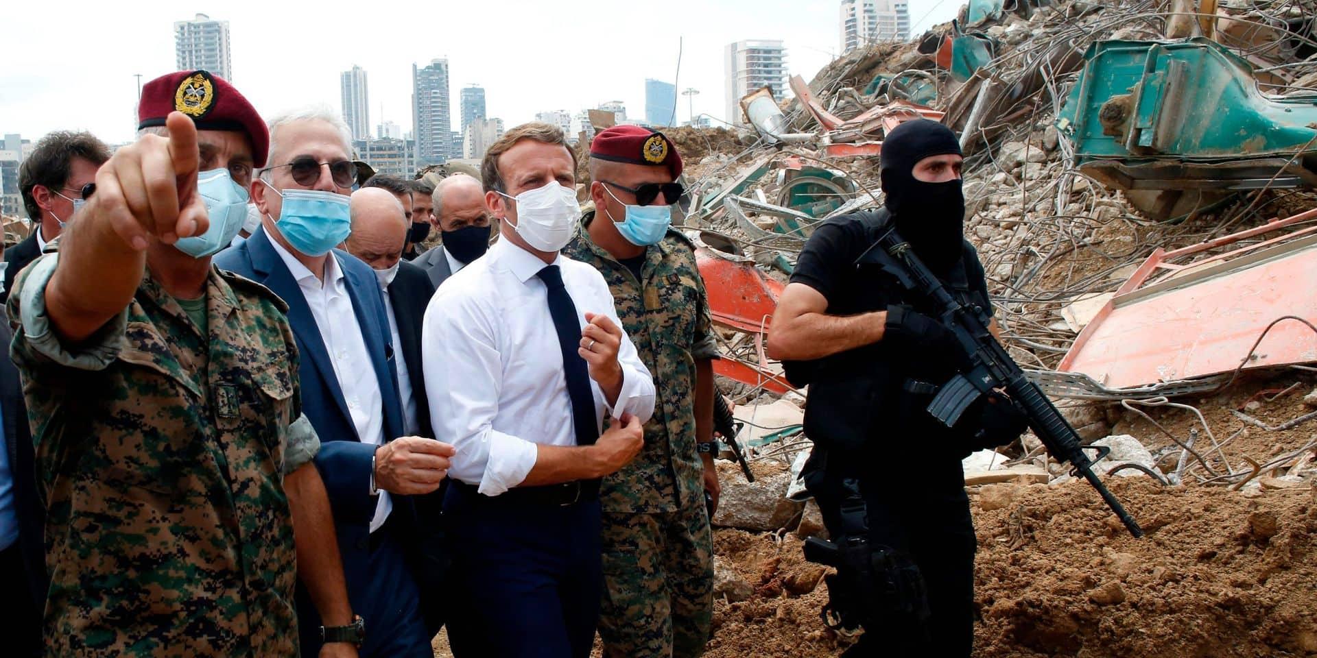"""""""Un one man show arrogant et moralisateur"""": la visite de Macron au Liban critiquée en France"""