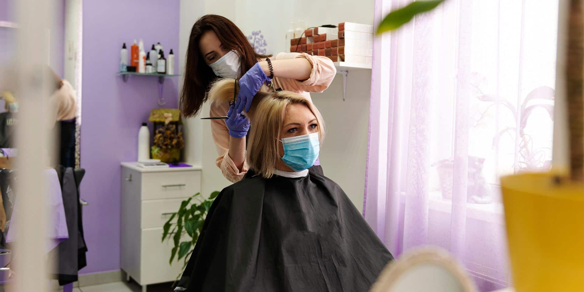 Les règles très strictes que coiffeurs et clients devront respecter
