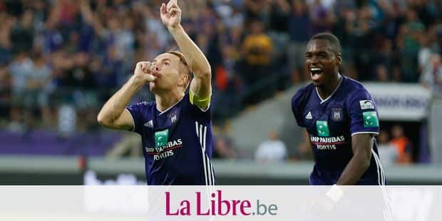 Anderlecht's Adrien Trebel celebrates after scoring during the Jupiler Pro League match between RSC Anderlecht and Royal Excel Mouscron, in Anderlecht, Friday 17 August 2018, on the fourth day of the Jupiler Pro League, the Belgian soccer championship season 2018-2019. BELGA PHOTO BRUNO FAHY