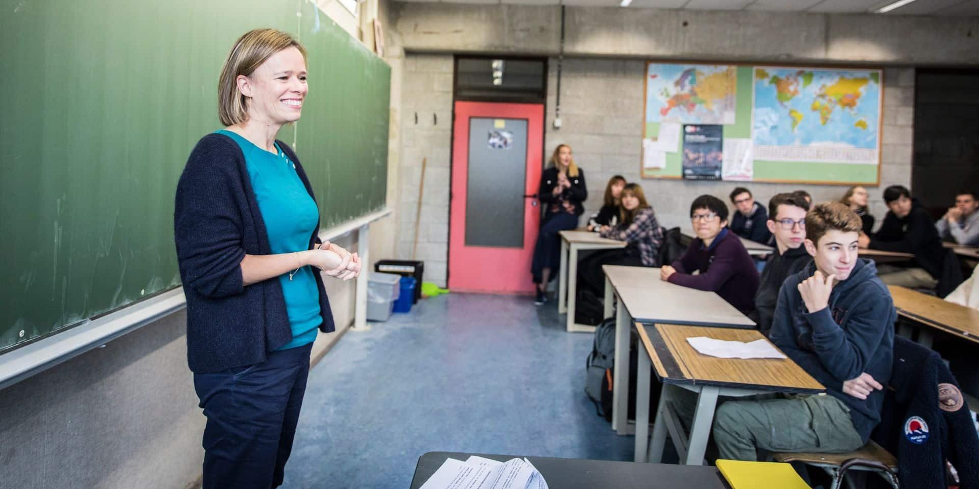 """""""L'obligation scolaire sera pleine et entière dès septembre"""", affirme Caroline Désir"""
