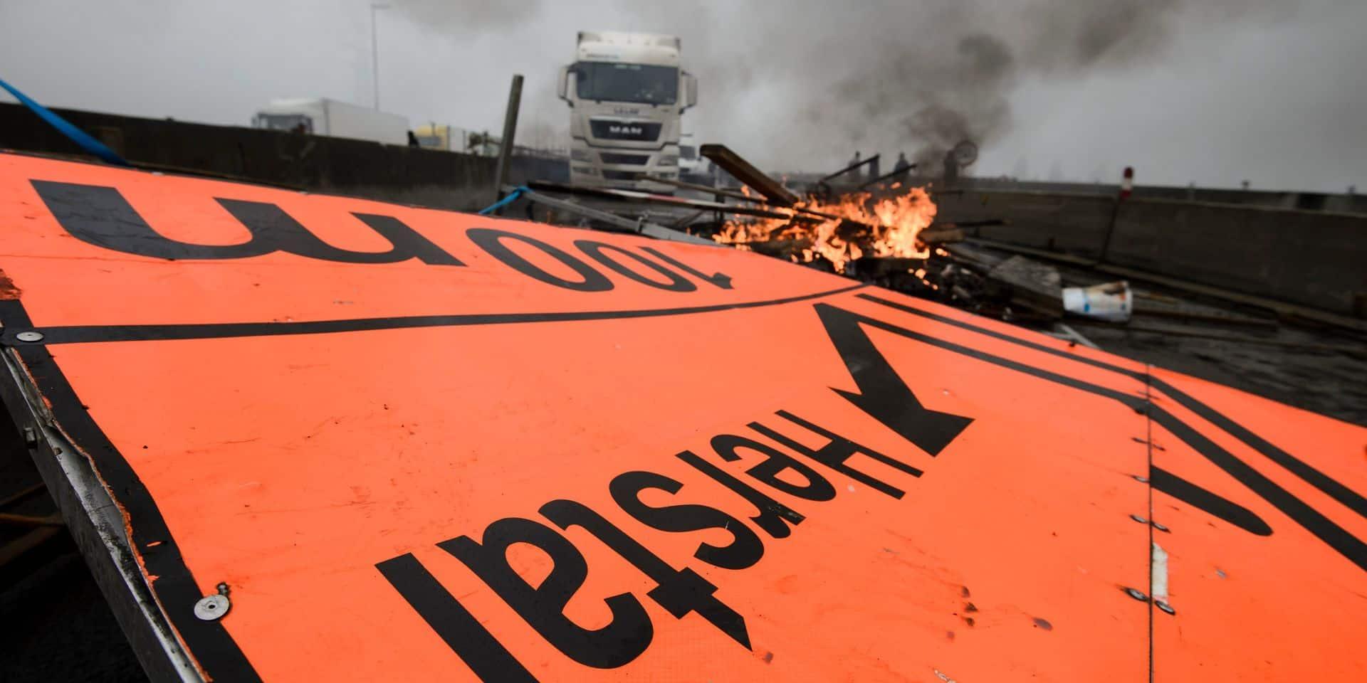 Les 17 militants et responsables de la FGTB qui avaient été condamnés à la suite d'une action de blocage du pont de Cheratte en octobre 2015 seront rejugés