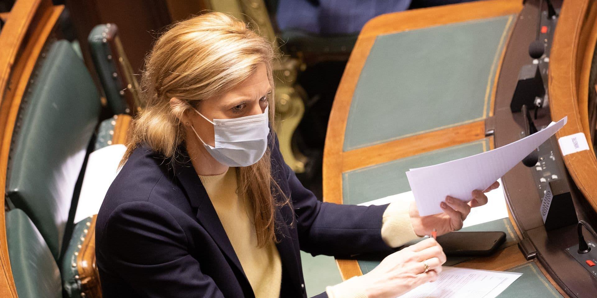 Le projet de loi pandémie recalé en commission Intérieur, le vote prévu jeudi au Parlement à nouveau reporté