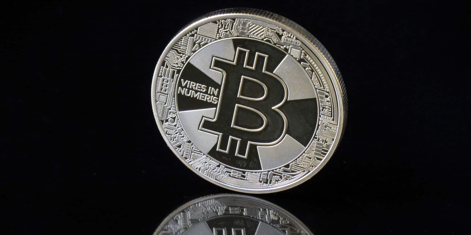Millionnaire grâce au Bitcoin, il milite pour l'interdiction des cryptomonnaies