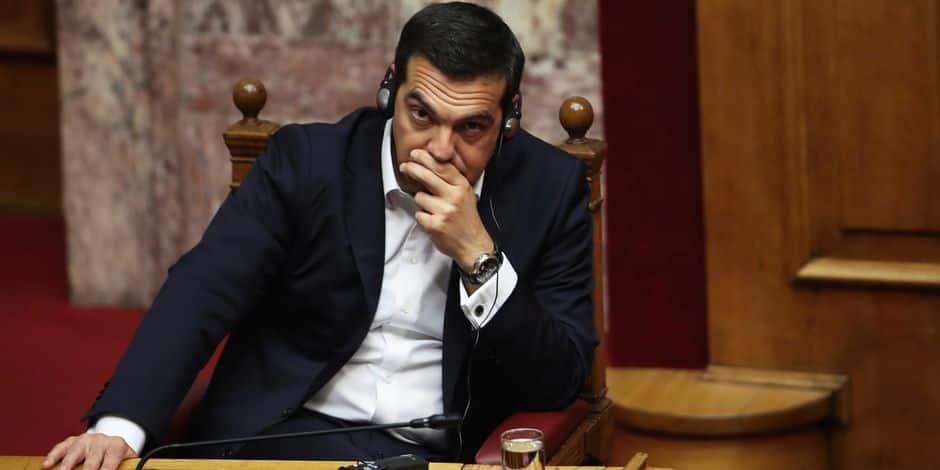 Dette grecque: Macron salue un