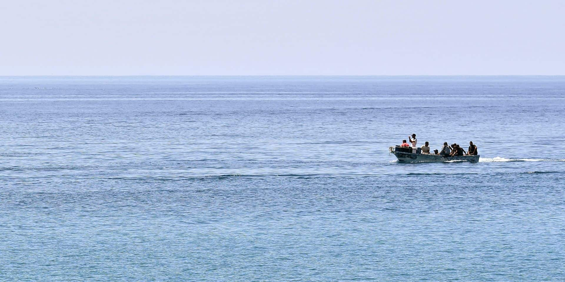 Un nombre record de migrants ont traversé la Manche jeudi