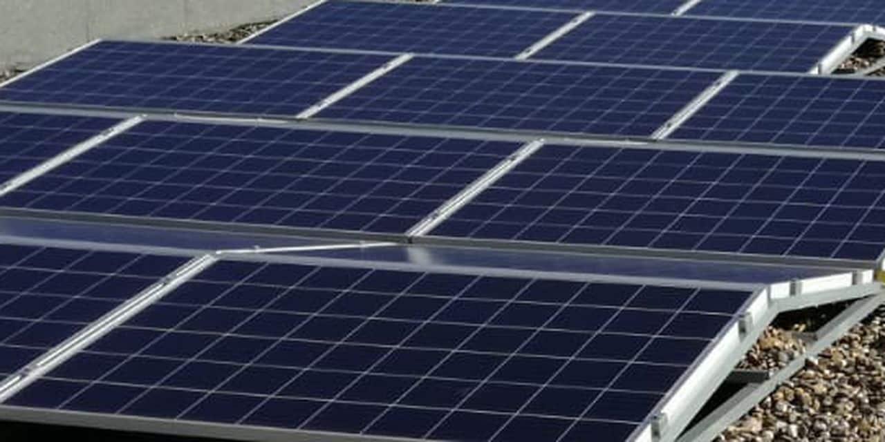 Sur un ordinateur, une voiture ou même à l'intérieur: le jour se lève pour des panneaux solaires révolutionnaires