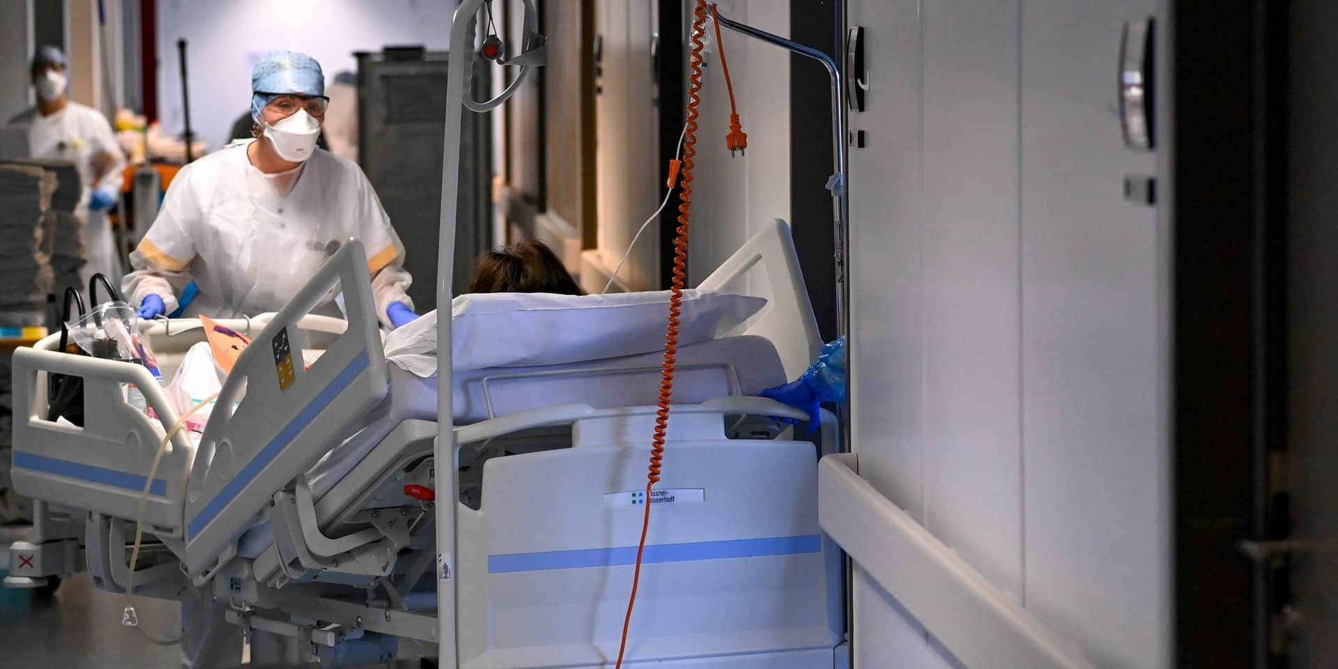 Coronavirus en Belgique : les contaminations poursuivent leur forte tendance à la hausse, 664 patients en soins intensifs