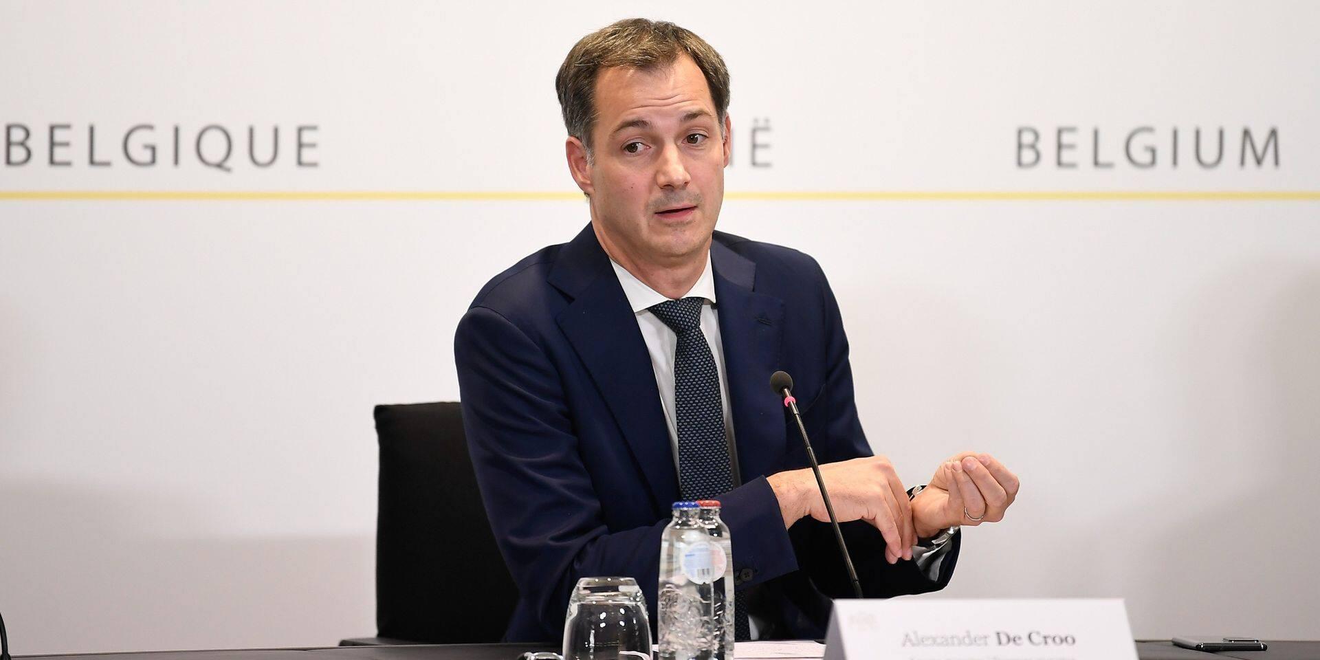 La communication claire du gouvernement De Croo sur les nouvelles mesures aurait boosté la motivation des Belges