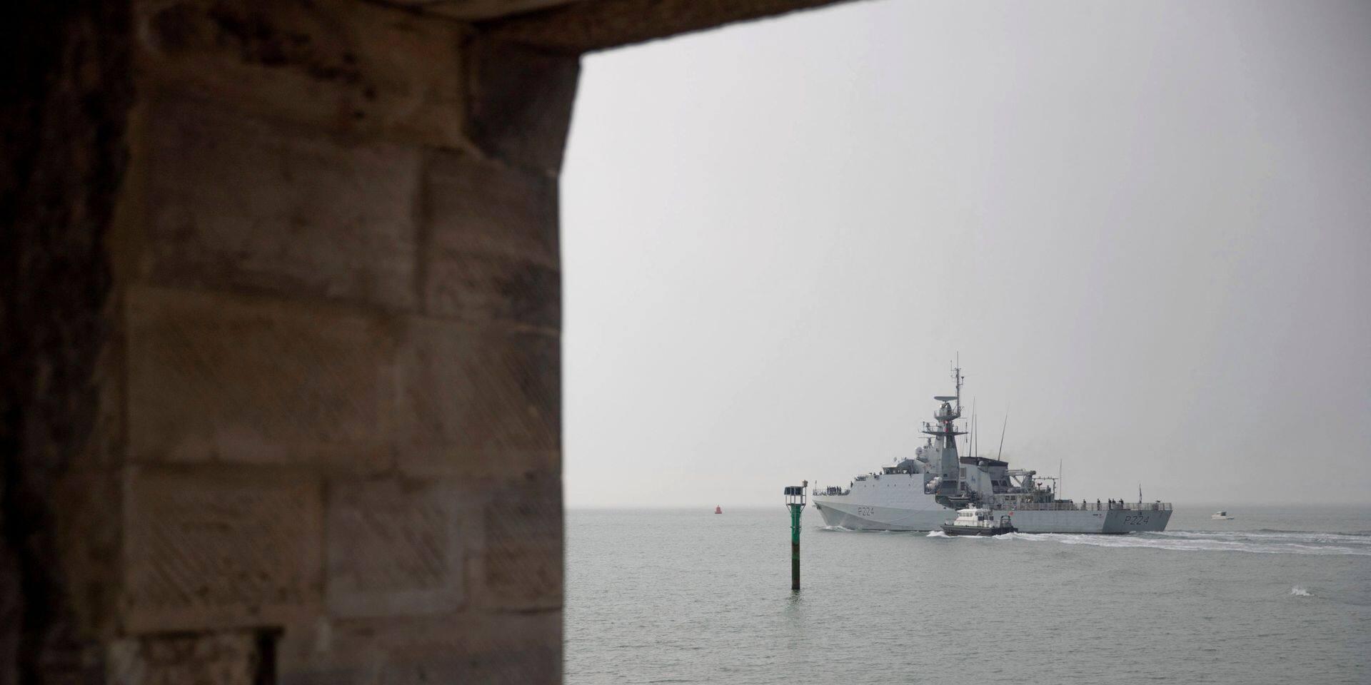 """Le Royaume-Uni va déployer deux navires de guerre en mer Noire pour """"soutenir la souveraineté et l'intégrité territoriale de l'Ukraine"""""""