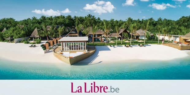 May 2, 2017 - Maldives - A paradise island resort is celebrating its fifth anniversary 'Äì by opening a $38,000 USD / 'Ǩ34.800 Euros / ¬£29,530 GBP a night complex for a holiday party of up to 14 people.The Jumeirah Vittaveli is part of the Indian ocean island archipelago of the Maldives.It has unveiled of the lavish five-bedroom Royal Residence. The resort already has 91 villas and suites ranging to more than $10,000 USD / 'Ǩ9.165 Euros / ¬£7,770 per night, each with its own private pool, private massage room, direct beach or lagoon access, and more. The Royal Residence has been designed with families in mind.It can accommodate up to 14 guests across a main residence, two one-bedroom villas, and a two-story guesthouse complete with its own separate pool.Tucked away from the resort'Äôs other villas and suites on its own private stretch of sandy white beach, the nearly 38,000-square-foot complex serves as an entirely self-sustaining resort-within-a-resort. It comes complete with a dedicated restaurant, private butlers, two swimming pools, and a spa.The new villa ensures that guests will enjoy their tropical getaway in complete privacy.The sanctuary suite'Äîwith its light, airy decor'Äîis the most lavish of the bedrooms, equipped with its own separate living area, oversize soaking tub, and Hermv®s products.The outdoor living and dining areas, which surround a full-size swimming pool, described as the heart of the complex, provides plenty of space for guests to spread out.Royal Residence guests have access to watersports including windsurfing, stand-up paddle-boarding, and deep-sea fishing off the villa'Äôs private beach. Guests have private restaurant, perched above the beach on a deck shaped like a dhoni, one of the local boats.Once the sun sets, the residence'Äôs dedicated astronomer can help guide guests around the night sky as they sip cocktails under the stars.A spokesman said the Royal Residence was a private island hidea