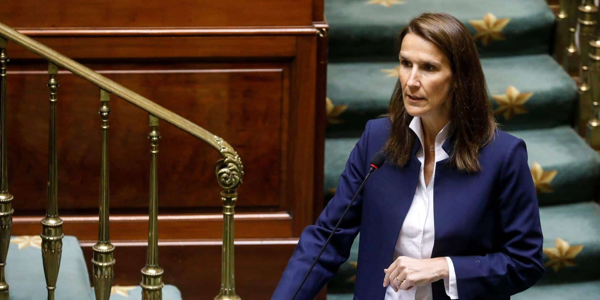 """Le sp.a fustige l'initiative de Sophie Wilmès: """"Elle ne croit pas en la mission de Bouchez, Coens et Lachaert"""""""