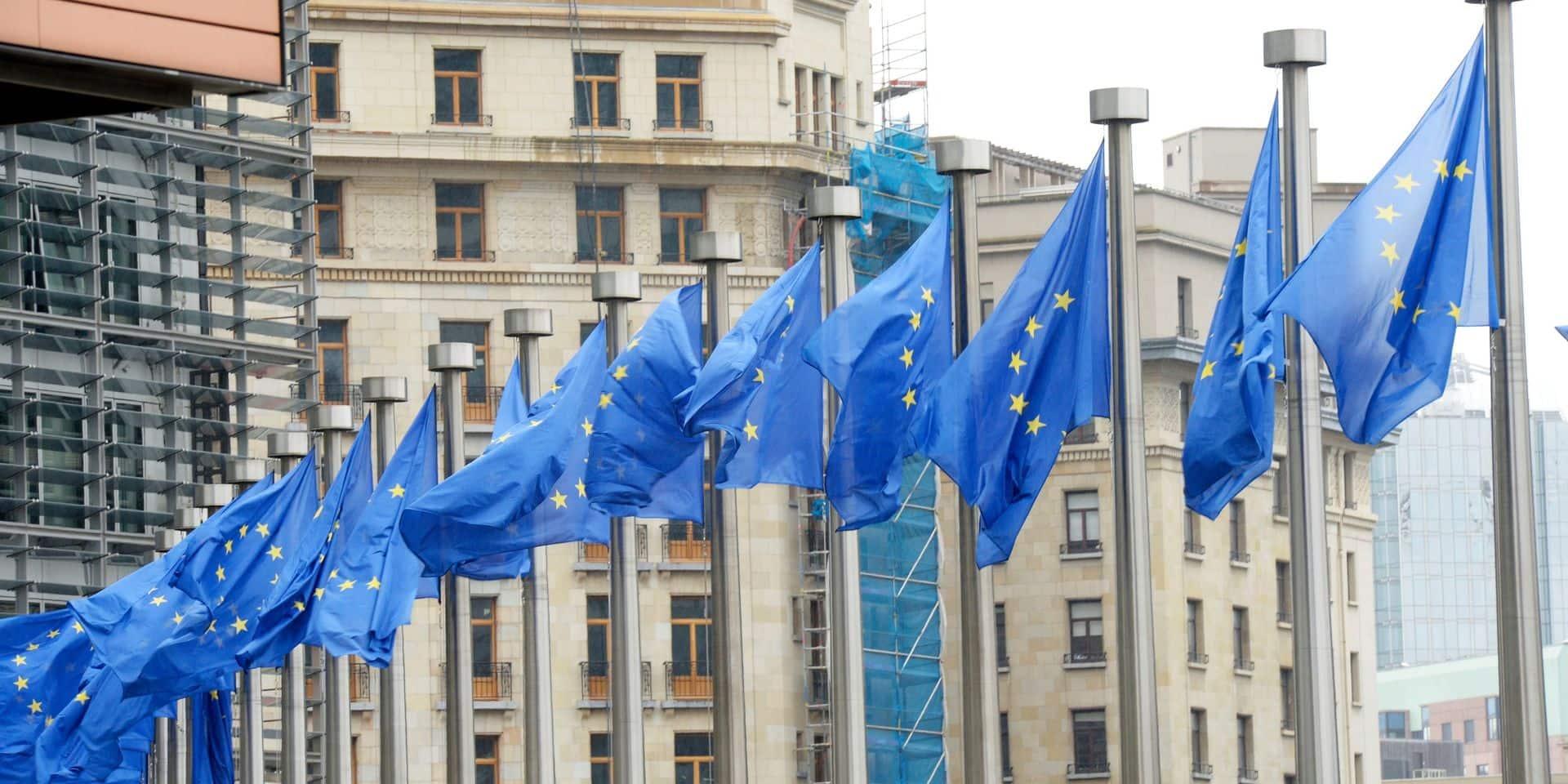 """Un accord """"historique"""" : le versement des fonds européens sera lié au respect de l'état de droit par les États membres"""