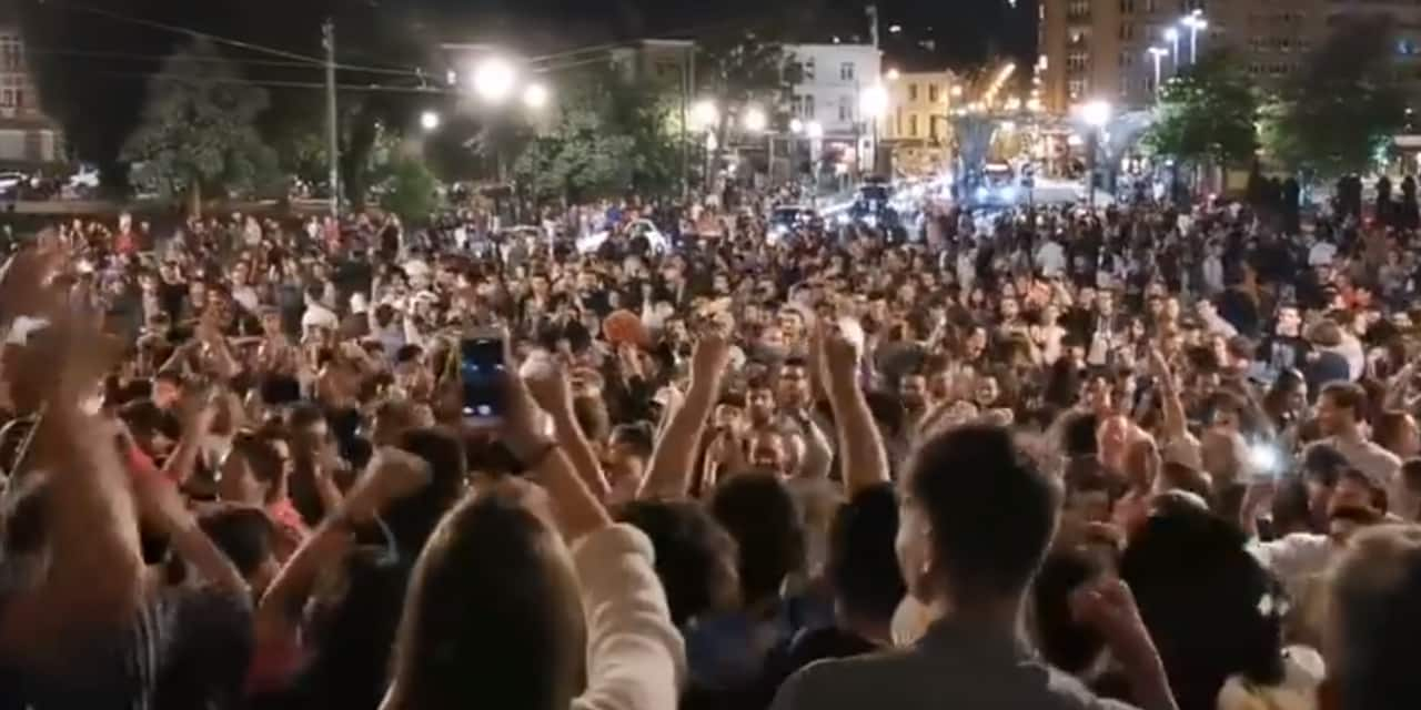 La police a dû intervenir cette nuit: des centaines de personnes réunies pour faire la fête dans le quartier de la place Flagey