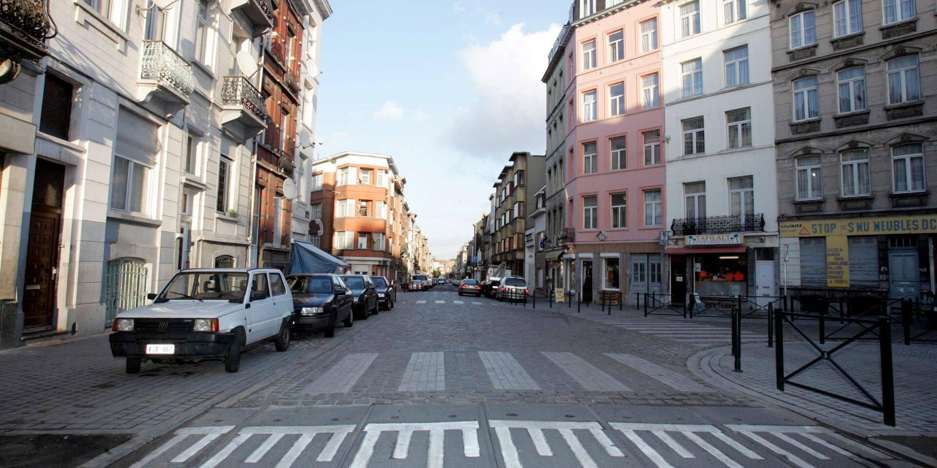 Heurts entre des jeunes et la police à Molenbeek: trois arrestations judiciaires