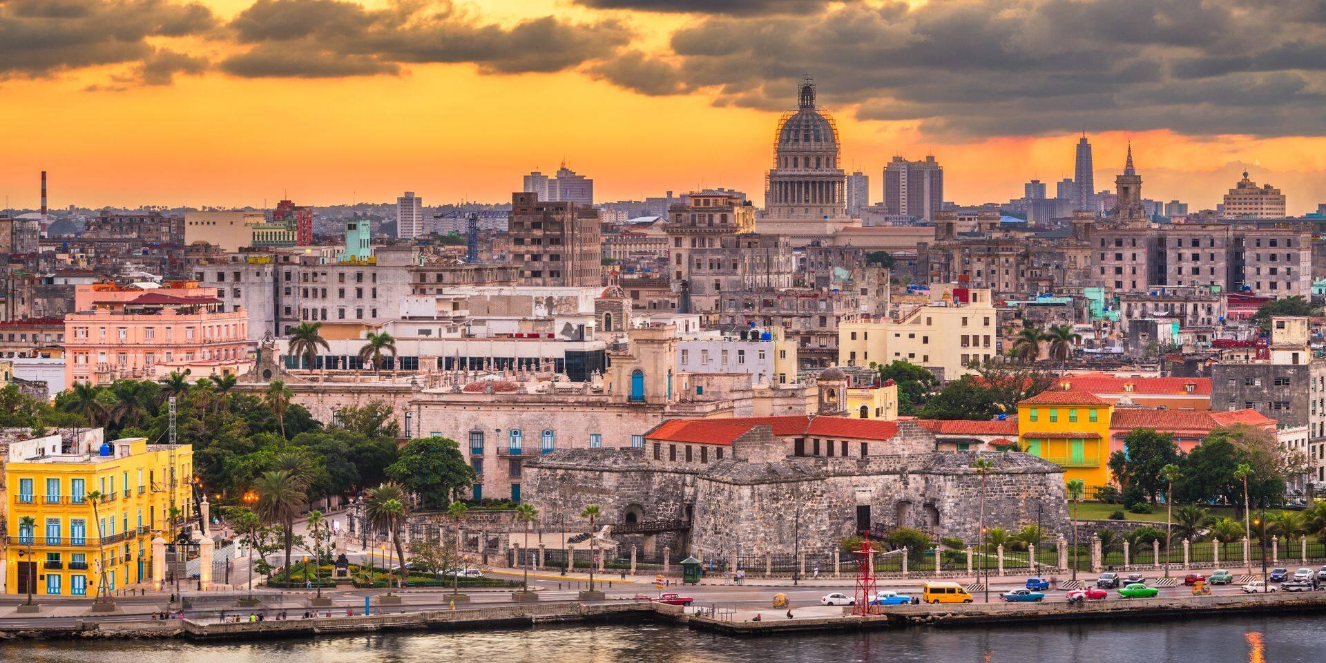 L'activité privée autorisée dans la plupart des secteurs: une réforme majeure à Cuba