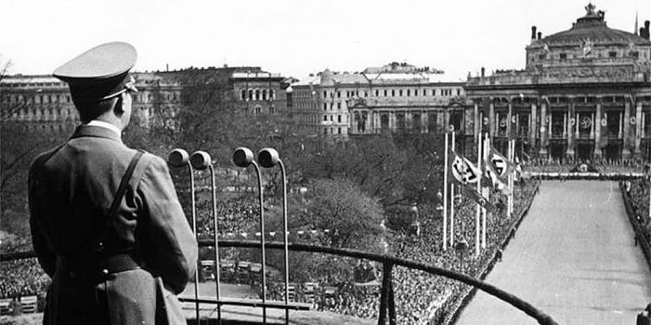 """L'Autriche veut en finir avec le """"balcon de Hitler"""""""
