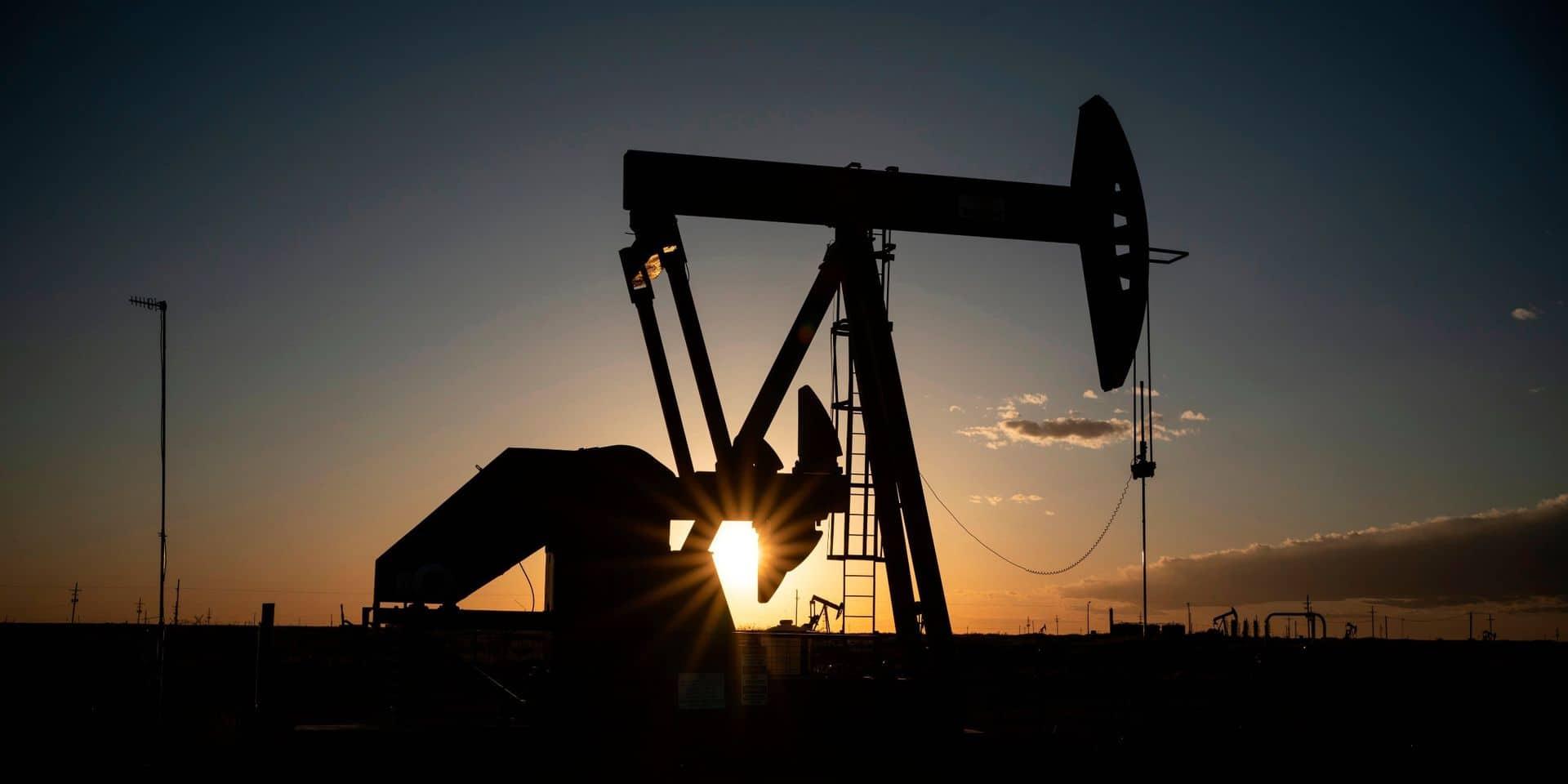 Un baril de pétrole proche des 50 dollars... mais un accord risqué de l'Opep ?