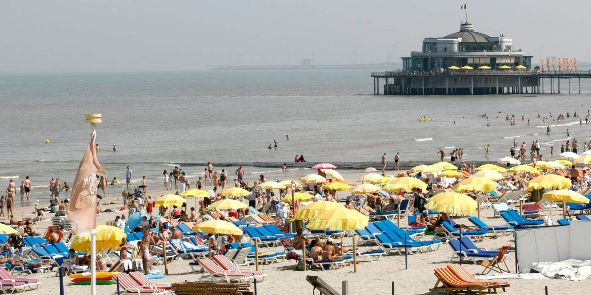 """Les bars de plage doivent prévoir un service à table: """"Je comprends que c'est compliqué mais nous devons mettre la santé publique au premier plan"""""""