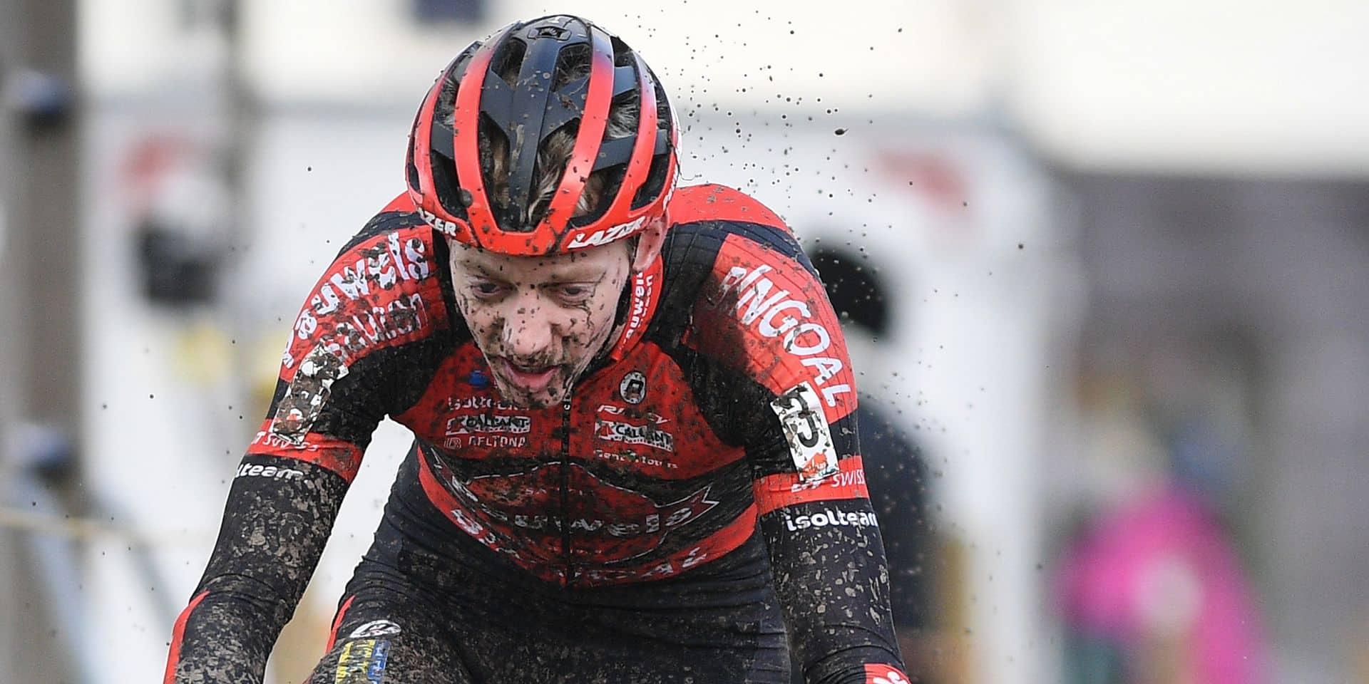 """Michaël Vanthourenhout, outsider au championnat de Belgique: """"Essayer de suivre Wout, et puis…"""""""