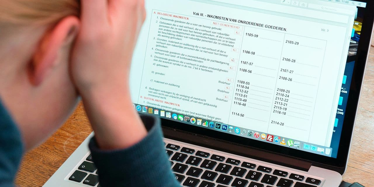 Belgium, Brussels, May 15, 2015 - Tax on web , tax-on-web , computer , tax return form , tax system , new , modern © Danny Gys / Reporters Reporters / GYS