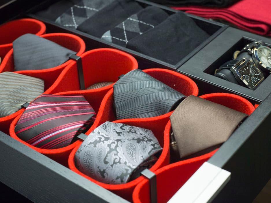 Range cravates en forme de coeur. Ta'Or, the Art of organizing