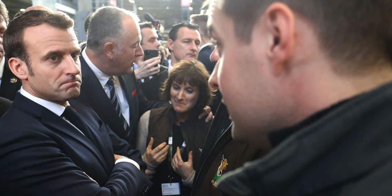 """Emmanuel Macron a vu sa déambulation au Salon de l'Agriculture plusieurs fois perturbée: """"On attend des messages forts"""""""